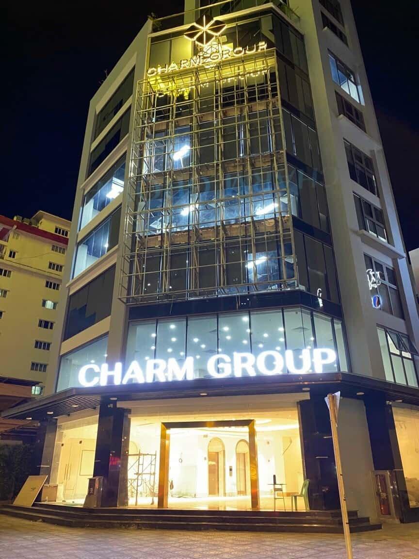 Tòa nhà Charm Group đang được xây dựng
