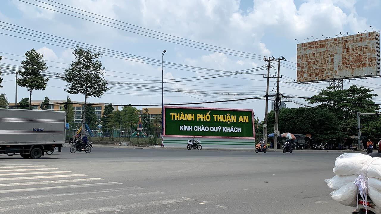 Bảng chào thành phố Thuận An